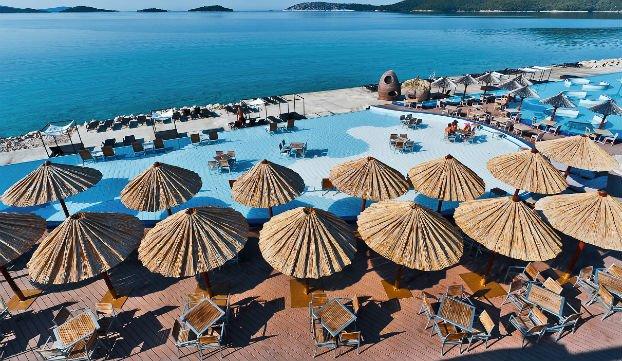 beach club palma solaris