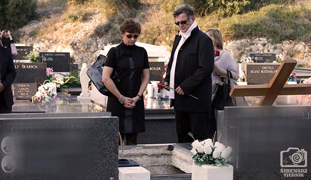 pogreb19