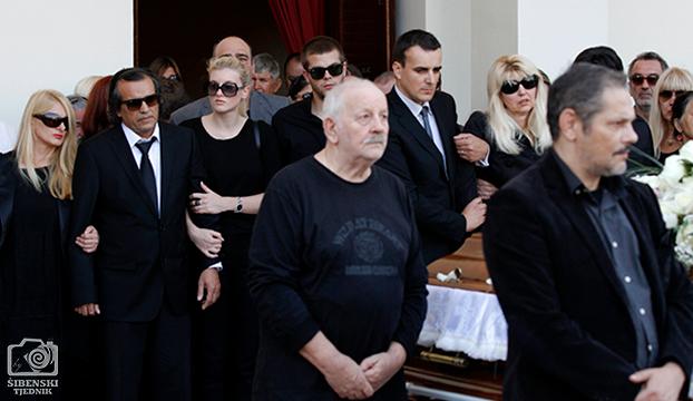 pogreb3