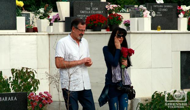 groblje kvanj svi sveti 2013 (6)