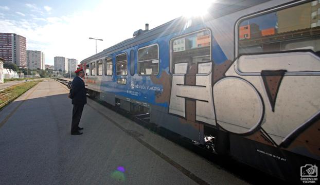 vlak vrtic tici8