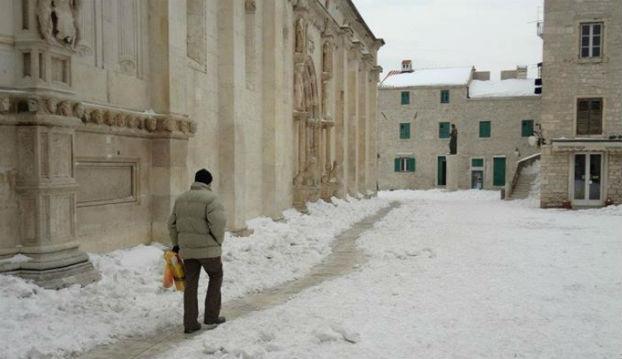 snijeg-sibenik-2012