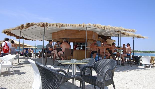 caffe bar rezaliste1