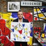 Francuska poštanska marka sama po sebi poruka, poruka ljubavi i mira