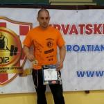 FOTO: Goran Šimić osvojio zlato i srebro na međunarodnom natjecanju u powerliftingu i bench pressu