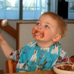 Nekoliko stvari nikako ne biste trebali govoriti djetetu za stolom