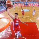 VIDEO: Blok šibenskog košarkaša Nika Slavice protiv Amerikanaca oduševio košarkaški svijet