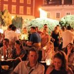 FOTO: Opuštena subotnja atmosfera u Caffe & wine baru Krešimir IV