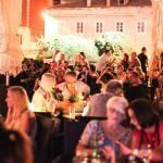 FOTO: Sjajna atmosfera sinoć na terasi caffe bara Krešimir IV
