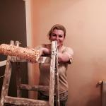 FOTO: Predsjednica Grabar – Kitarović uzela valjak u ruke
