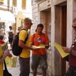 FOTO: ŽIVI ZID NA ŠIBENSKIM ULICAMA: 'Na nadolazećim izborima birajte pametnije'