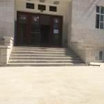 FOTO: 'Šminka' se gimnazija za početak nastave, iz škole apeliraju: Ne šarajte grafite po fasadi