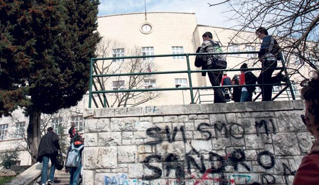 grafiti gimnazija