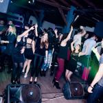 FOTO: Grupa In Vivo 'zapalila' brodarički NoStress night bar