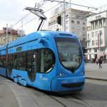 Priča iz tramvaja i dalje hit na Fejsu: Reakcija putnika bila je neopisiva