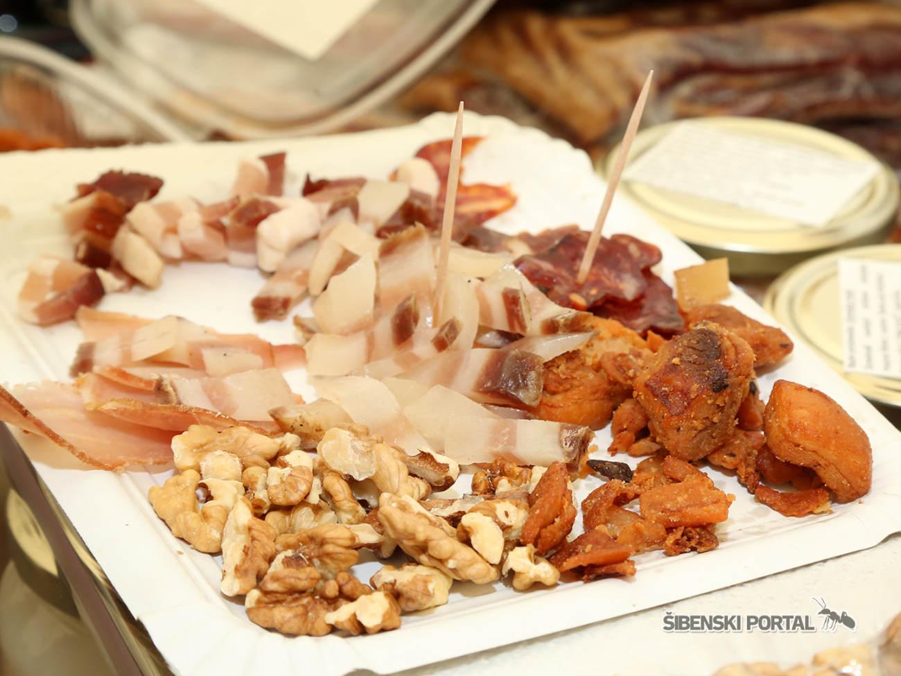 skradin agro sajam slanina cvarci 300416 1