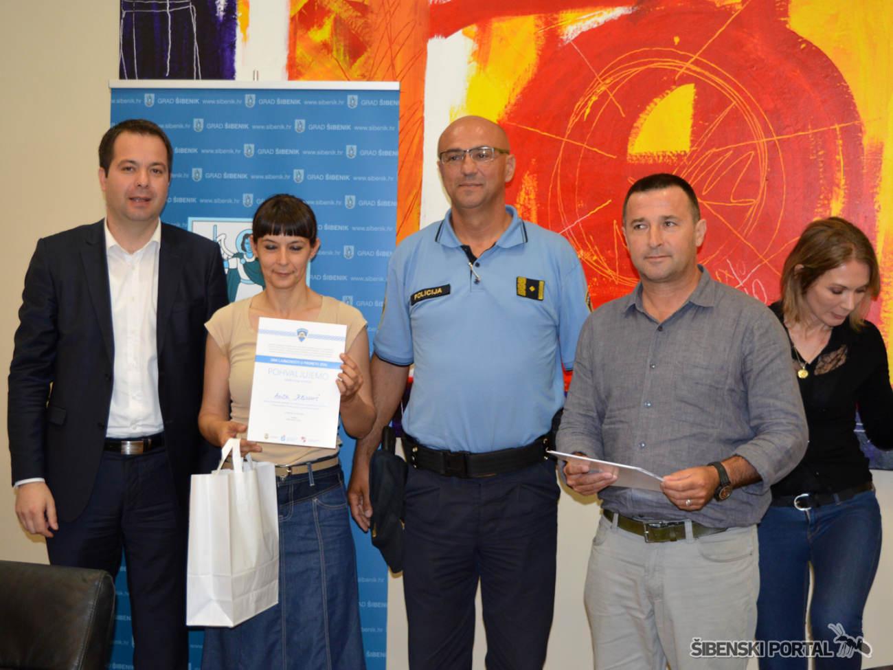 policija dan ljubaznosti nagradeni 020616 7