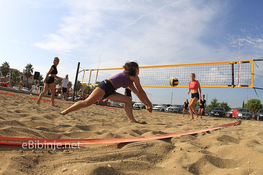 odbojkasice na pijesku 3