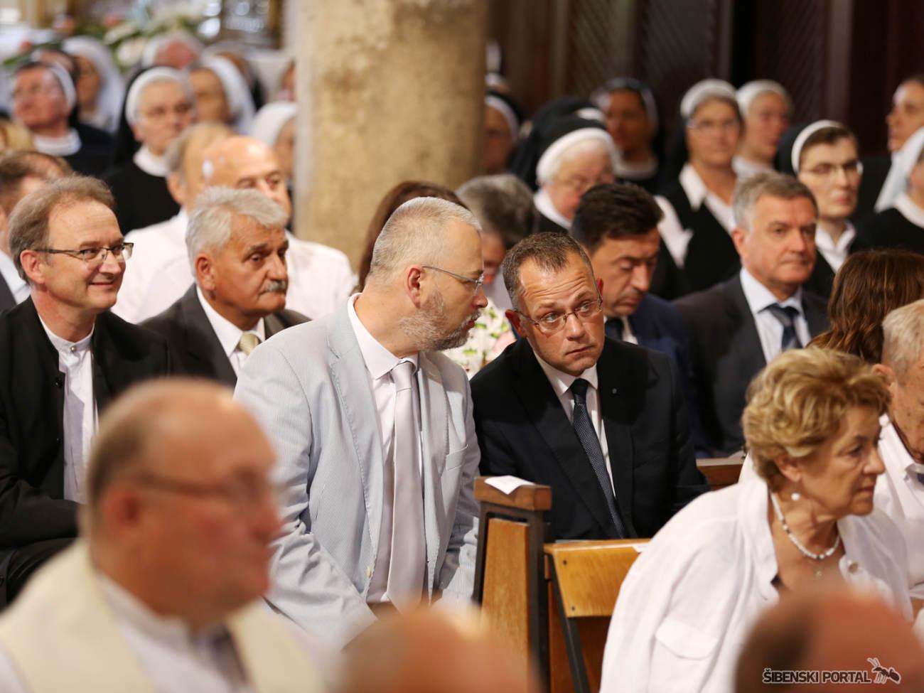 zaredenje biskupa tomislava rogica zlatko hasanbegovic 250716 1