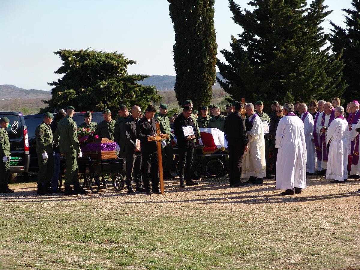 cista velika pogreb (39)