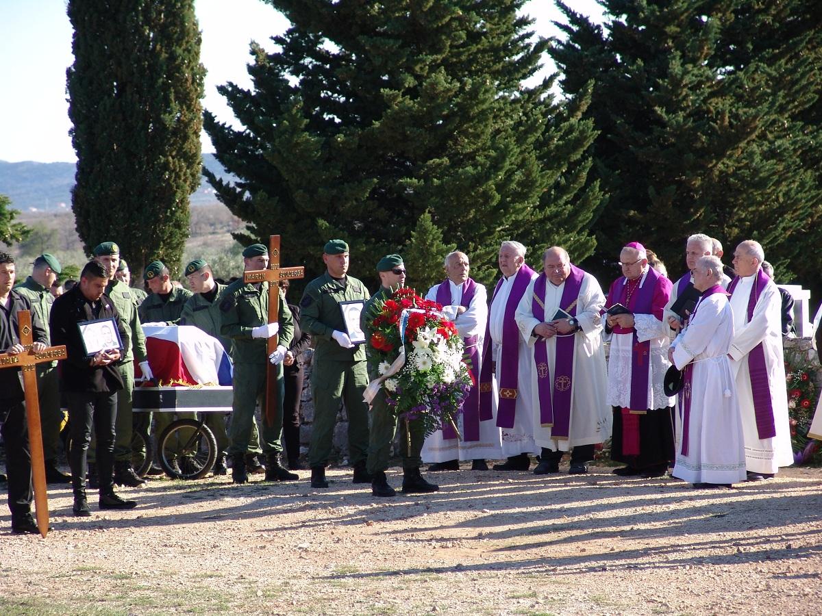 cista velika pogreb (47)