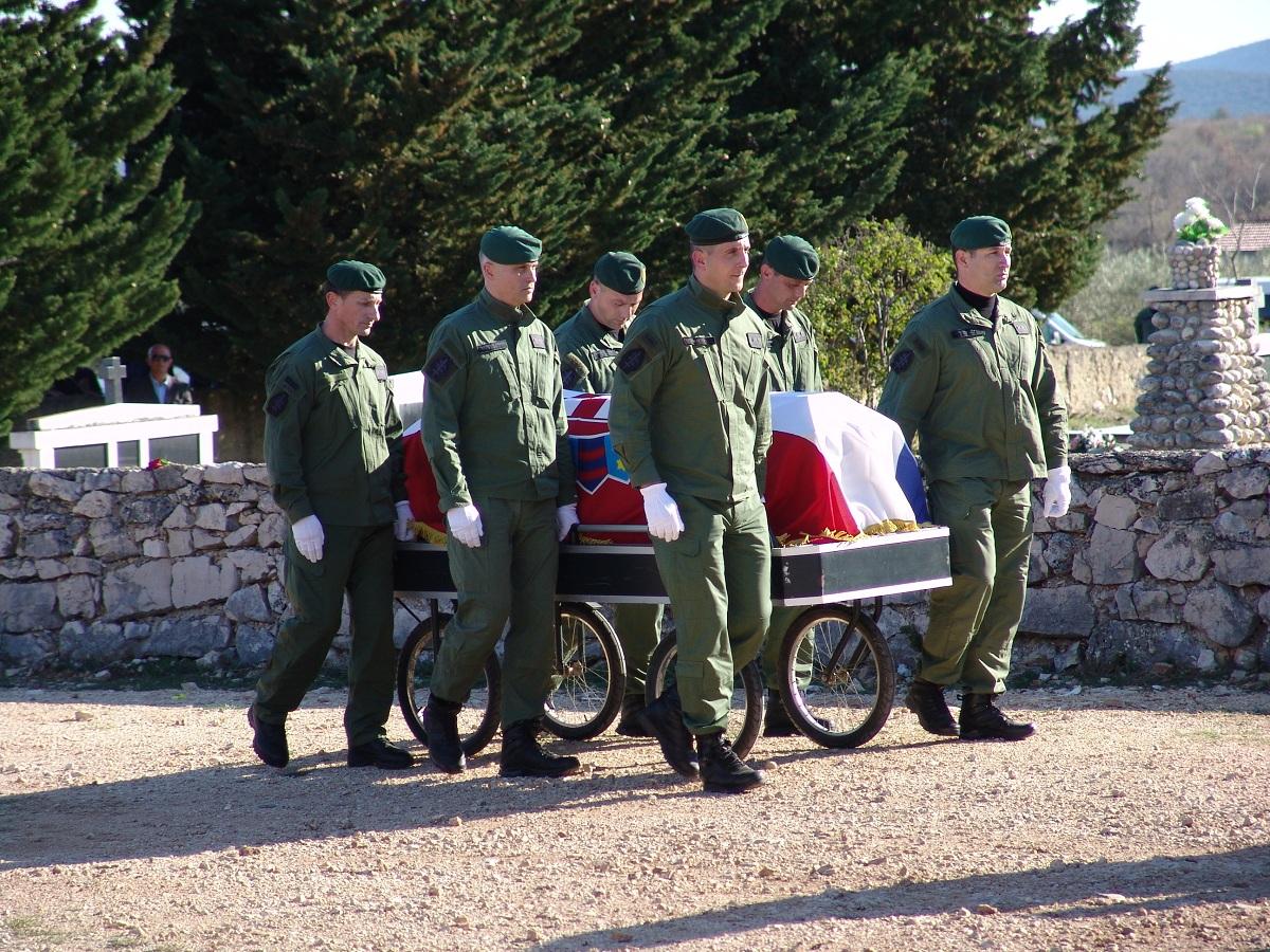 cista velika pogreb (64)