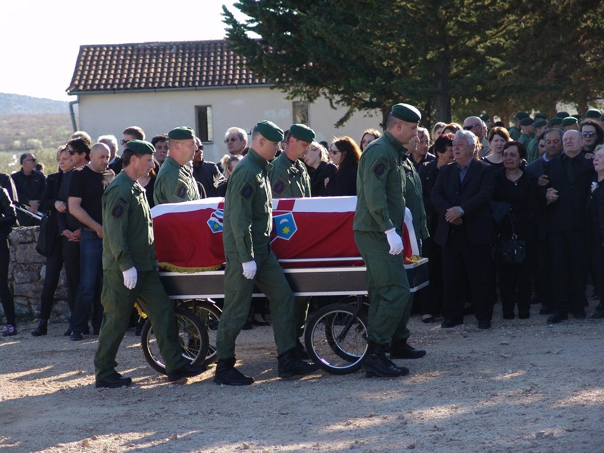 cista velika pogreb (69)