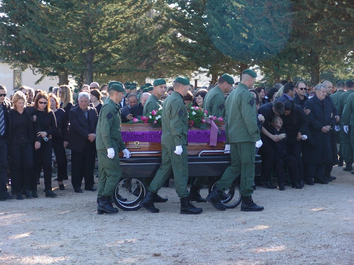 cista velika pogreb (74)