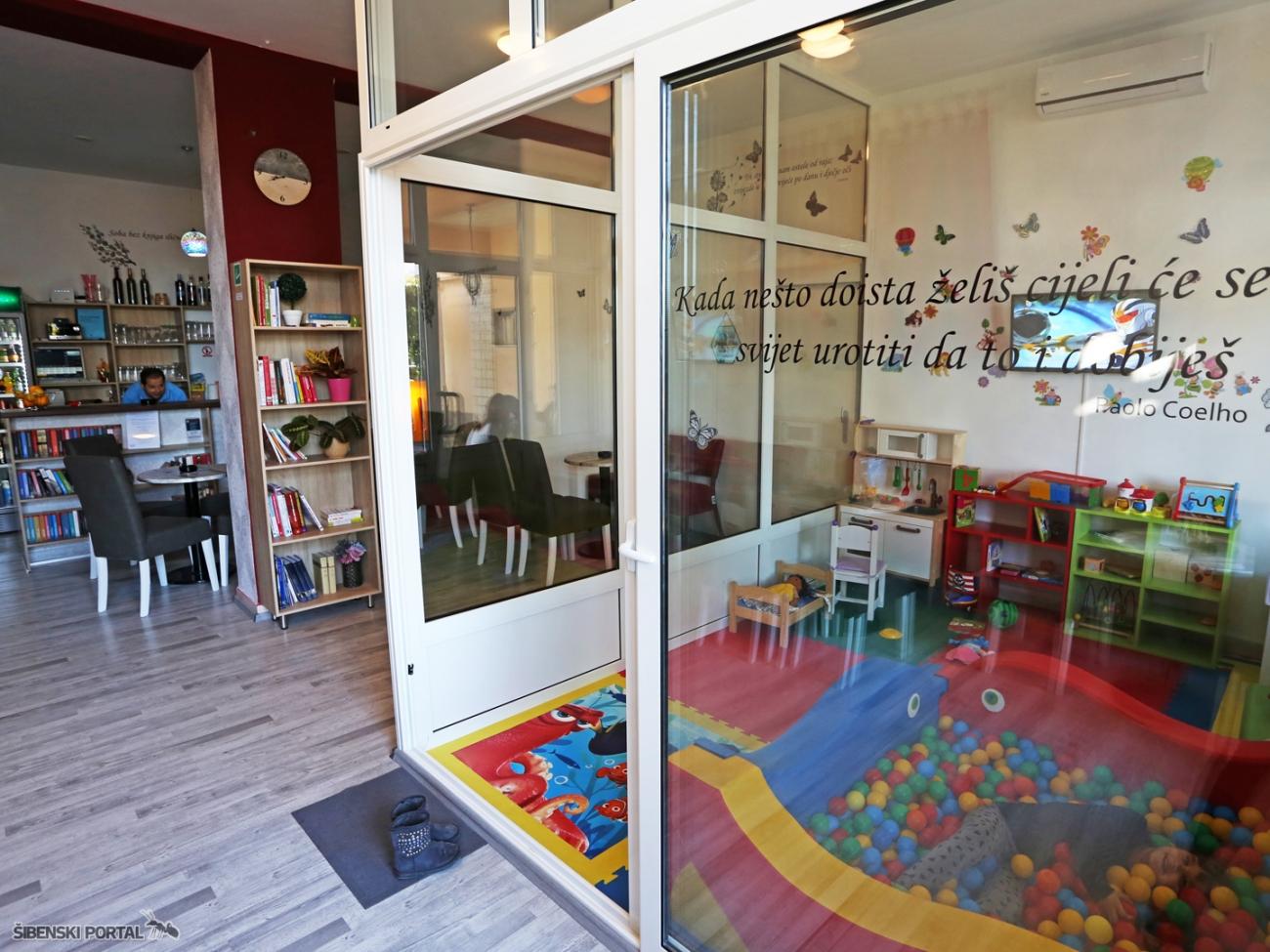 book caffe legen vidici 070917 16