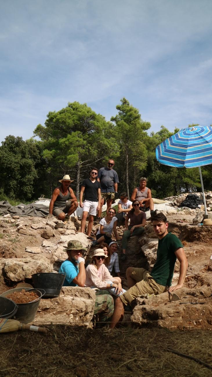 Bilice 2018. - arheološka ekipa i radnici na lokalitetu