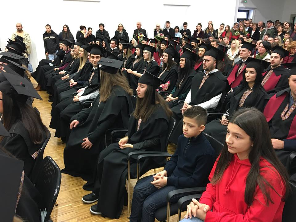veleuciliste knin marko maruic promocija studenti (7)